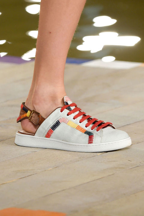 hbz-ss2016-trends-shoes-sneaks-hilfiger-clp-rs16-0439